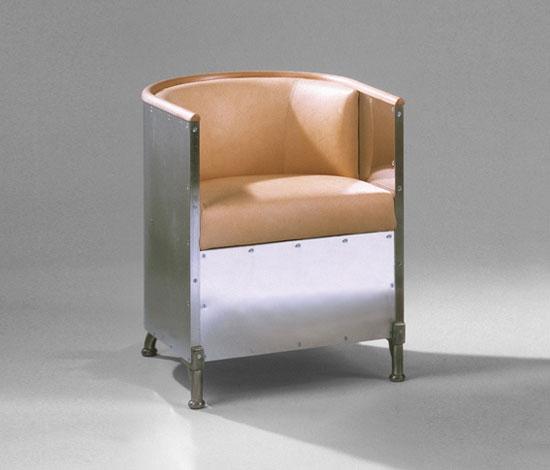 Produktbild, Mats Theselius fåtölj Aluminium i matt eller polerad aluminium med Tärnsjöläder.